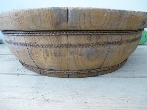 Sobere unieke schaal, oud hout nr. 1