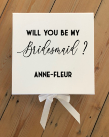 GIFTBOX - WILL YOU BE MY BRIDESMAID + NAAM -