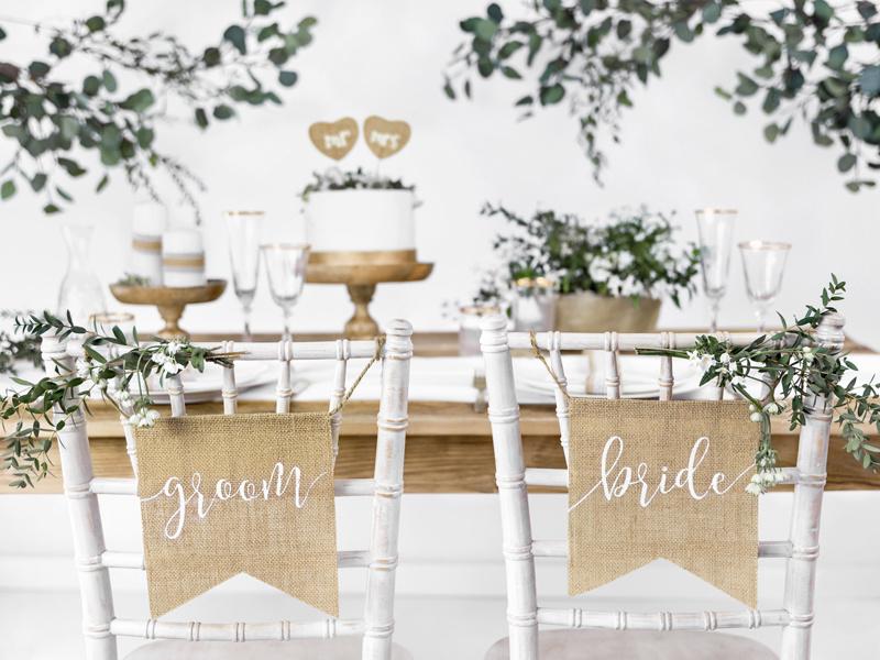 Juten stoelbordjes Bride & Groom