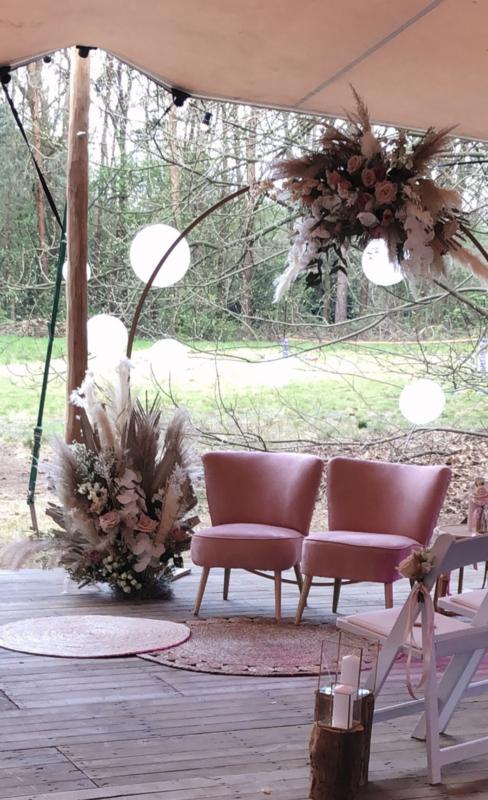 Roze Velvet fauteuil - set van 2 - VERHUUR