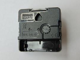 Junghans 838 quartz uurwerkjes aslengte 26.2 mm.