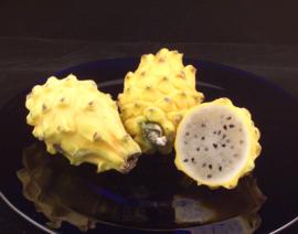 Pitahaya / Pitaya | Wit vruchtvlees met gele schil / Colombia / Zoet  / 1stuks