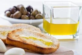 Olijfolie extra vierge Taggiasca / Ligurië / 100% Taggiasca olijven / Ghiglione / Ongefilterd / 1 fles 0,75 L. / t.h.t. 31-08-2021