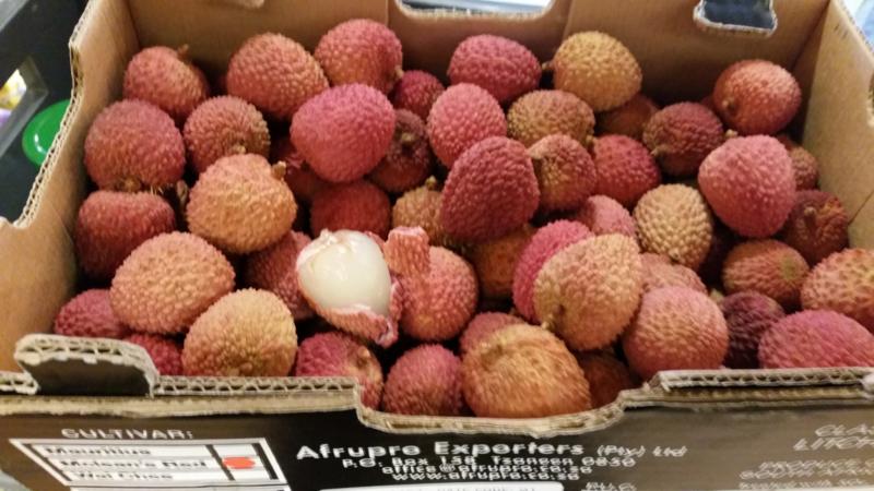 Lychee / Lytchee / Litchi / soort: Mauritius /  Zuid-Afrika / Teelt: regulier / 200gram