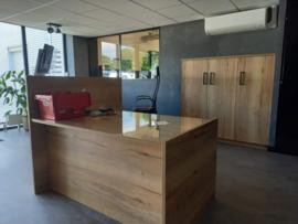 Balie voor kantoor in hout-look