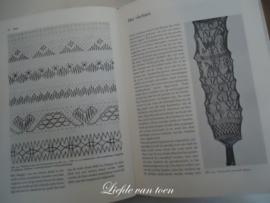 Het grote handwerkboek VERKOCHT