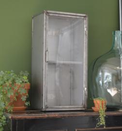 Industrieel stalen vitrinekastje / herinneringskastje
