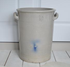 Grijze zuurkoolpot