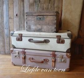 Oude koffers VERKOCHT
