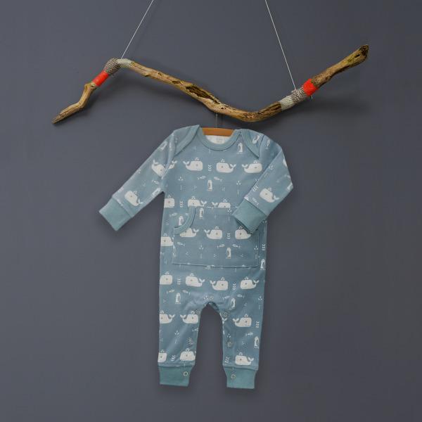 http://www.dekleinevogelaar.nl/a-39873420/baby-pyjama-s/babypyjama-walvis/