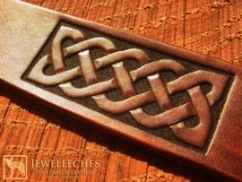 basiscursus leerbewerking 6 uur : armband met Keltisch patroon