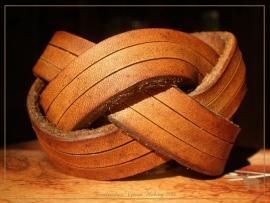 Luxe 'mystery braid' armband! ( 3 stroken )