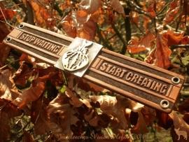 Armband 'Stop Waiting, Start Creating'