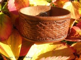 Basket weave armband
