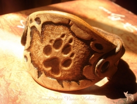 Leren armband met 'hondenpootje'