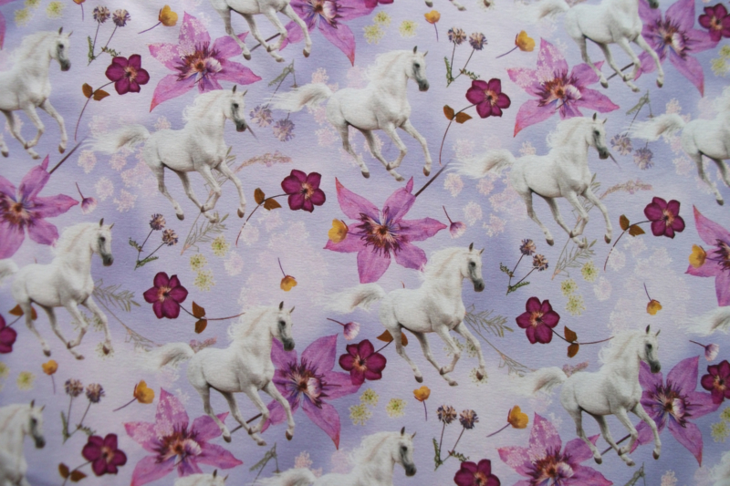 Tricot paarden en bloemen digitale print