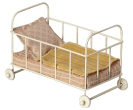 Maileg Metal Cot Bed Micro - Rose (2021)