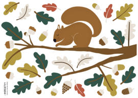 Lilipinso Forest Happiness Muursticker A3 - Squirrel and Oak Leaves II