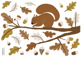 Lilipinso Forest Happiness Muursticker A3 - Squirrel and Oak Leaves