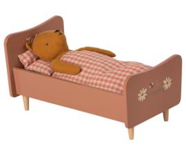 Maileg Knuffel Poppenbed Teddy - Rose