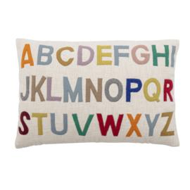Bloomingville Kussen - Alfabet multi color