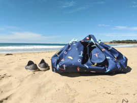Play and Go Speelgoedkleed en opbergzak - Outdoor Surf (Waterafstotend!)