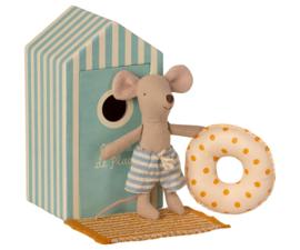 Maileg Beach Mice Little Brother - Muisje Kleine Broer in Strandhuisje (11 cm)