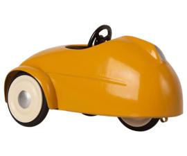 Maileg Little Brother Mouse met Garage en Auto - Geel