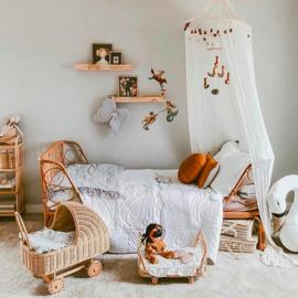 Poppie Toys Rotan Poppenwiegje met Caramel Matrasje - Poppie Crib Clay
