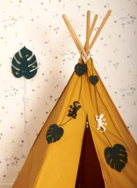 Roommate Slinger Garland - Butterfly