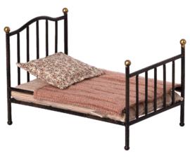 Maileg Poppenhuis Vintage Bed - Antraciet