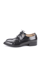 Chanel black patent leather CC logo pointed-toe loafers