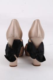Chanel Ivory Black Satin Bow Round Toe Chunky High Heels