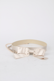 Chanel 02C Silk Ivory Leather Bow Pearl Chain Belt