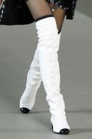 Chanel Overknee Boots - black & white