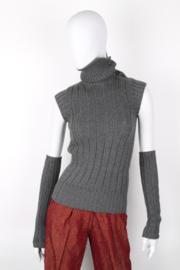Chanel 2004 Fall/Winter cashmere ribbed asymmetric knit collar ensemble