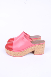 Chanel Platform Clogs - pink/red