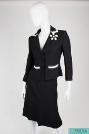 Chanel 2-pcs Suit - black & white