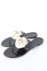 Chanel Black Rubber White Camellia Flower CC Logo Thong Sandals Flip Flop Slippers