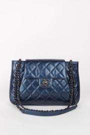 Chanel Ventes Priveés 2020 Blue Metallic Leather Silver Colour Hardware Chain Strap Multi Pocket CC Logo Turnlock Closure Shoulder Crossbody Flap Bag