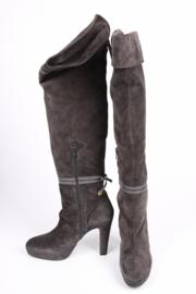 Frida Suede Knee-High Boots - grey