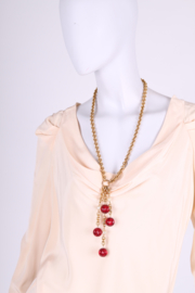 Vintage Chanel Necklace Gold-tone - red beads/pearls