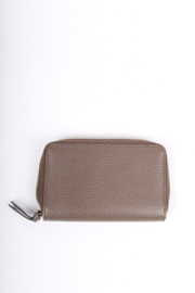 Gucci Swing Zip Around Wallet - taupe