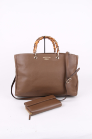 Gucci Tom Ford Brown Leather Bamboo Top Handle Gold Plated Hardware Leather Strap Shoulder Hand Bag