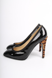 YSL Yves Saint Laurent Patent Leather Pumps - black