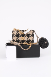Chanel Fall/Winter 2019/2020 tweed black brown houndstooth mini flap bag and leather coin purse