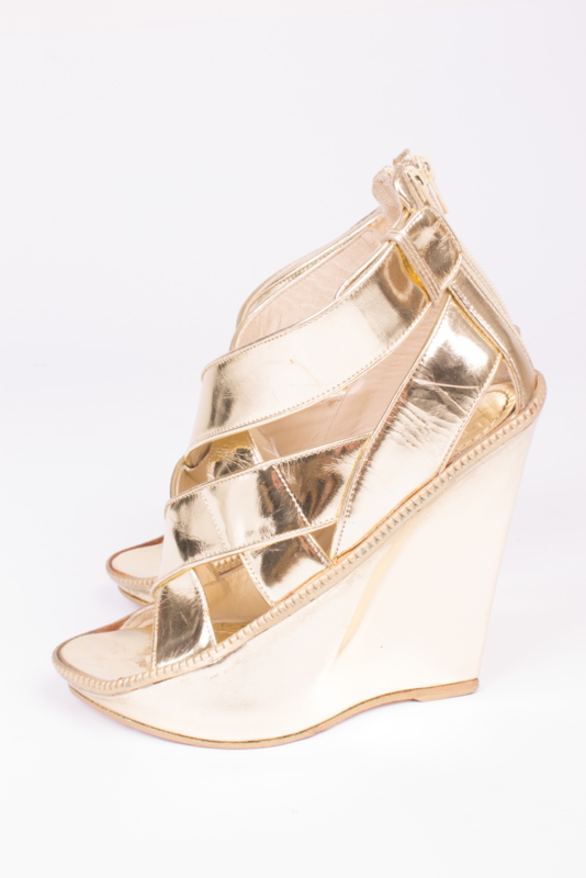 Givenchy Wedges - gold