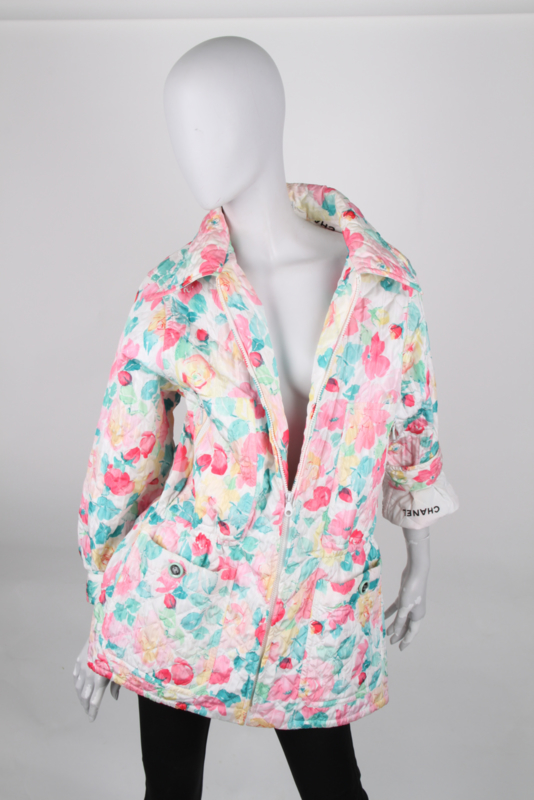 Chanel 1996 Spring / Summer (96P) Pink Green Floral Polyester CC Logo Button Long Sleeve Zip Up Jacket