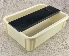 Waterbak en kunststof houder voor Japanse waterstenen