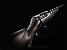 Sauer 100 Classic, Zeiss Conquest V4 3-12x56 en Hexalock montage